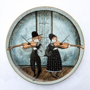 Pat Buckley Moss Plate- Fiddlers Two